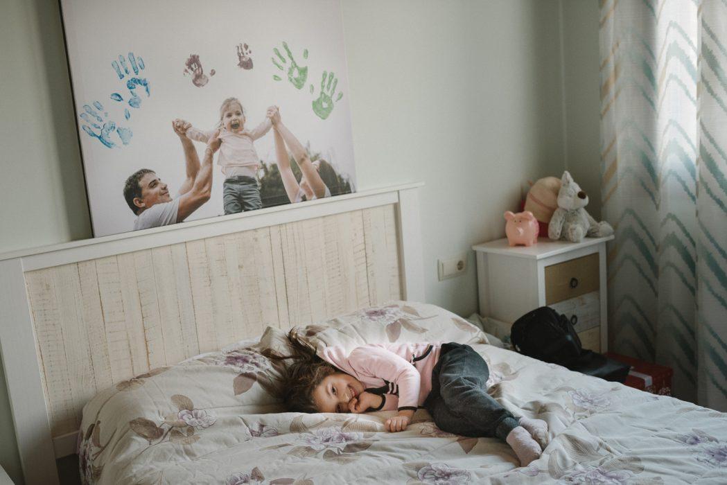 fotos de niños en casa